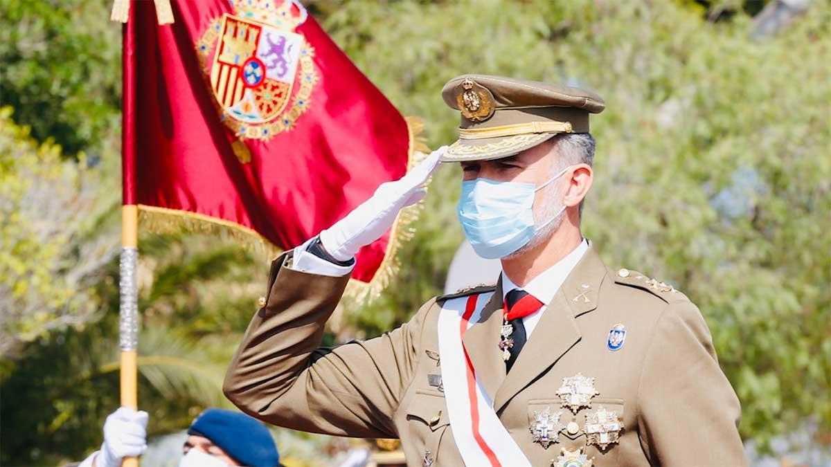 Homenaje del rey Felipe a La Legión en Almería