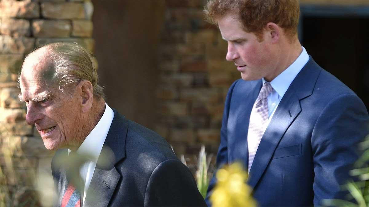 Relación del duque de Edimburgo y el príncipe Harry