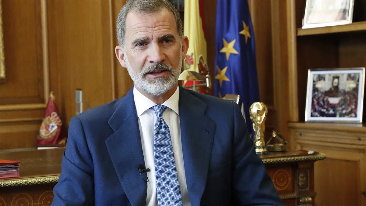 Rey Felipe en la entrega de despachos a jueces en Barcelona