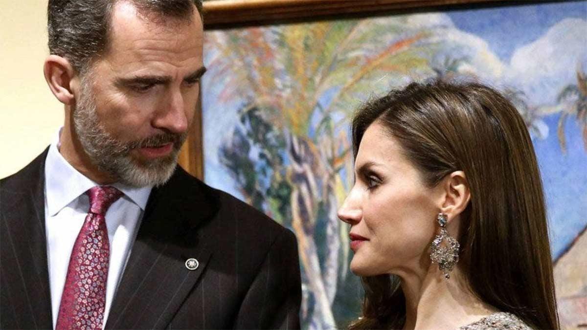 aislamiento de los reyes de España