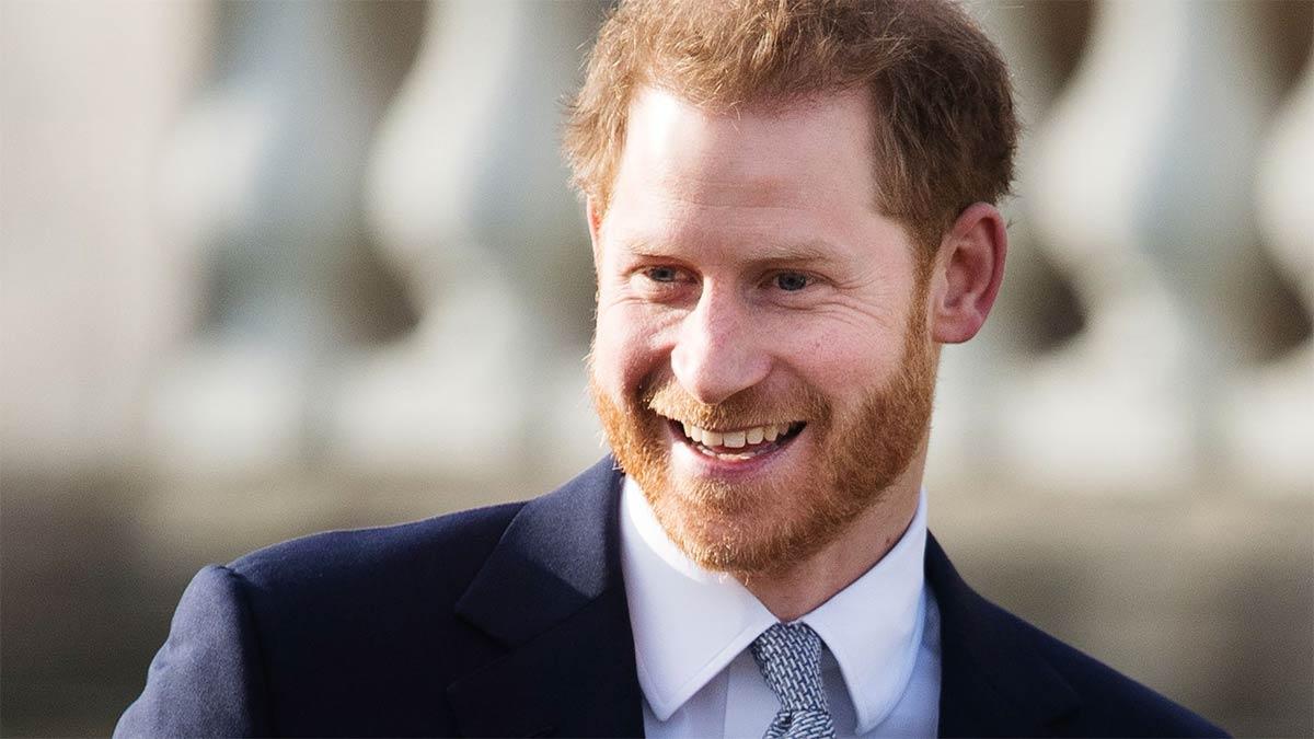 Regreso del príncipe Harry a Inglaterra